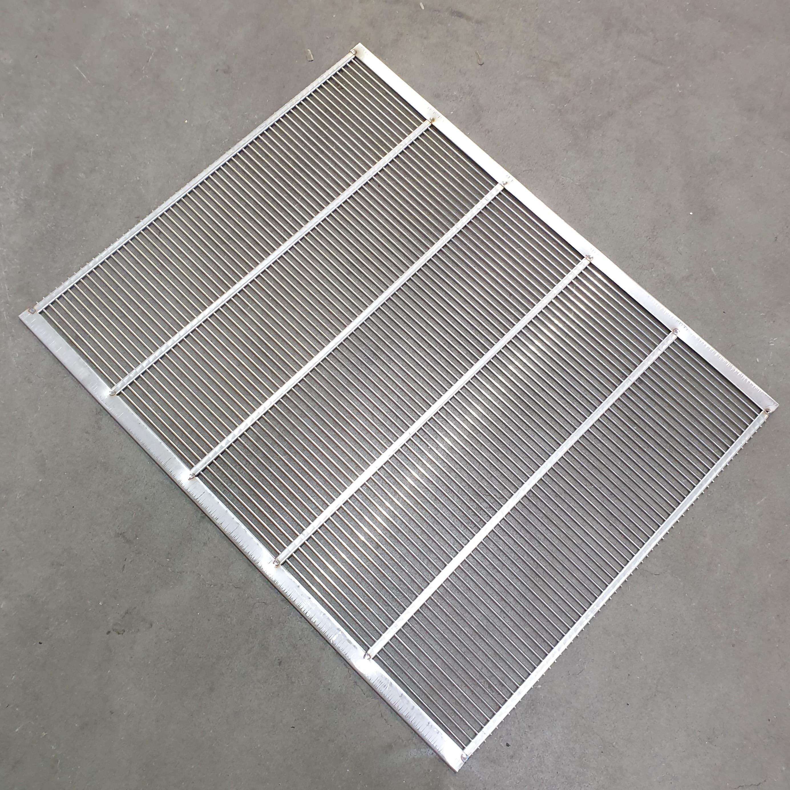 Absperrgitter Metall Edelstahl 500 x 425 mm Frankenbeute, rundum eingefaßt